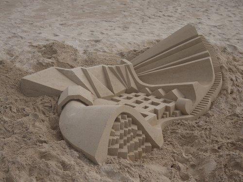 Абстрактные песочные замки от Калвина Зиберта (8 фото)