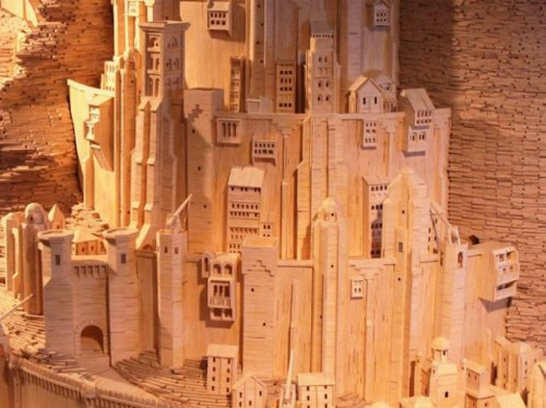 Столица Гондора из Властелина колец, воссозданная из спичек (8 фото)
