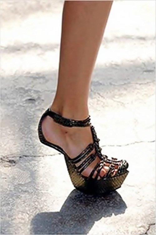 aa1d4b1b2 25 Примеров невероятных женских туфель на высоком каблуке