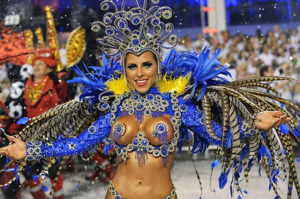 smotret-seks-na-brazilskom-karnavale
