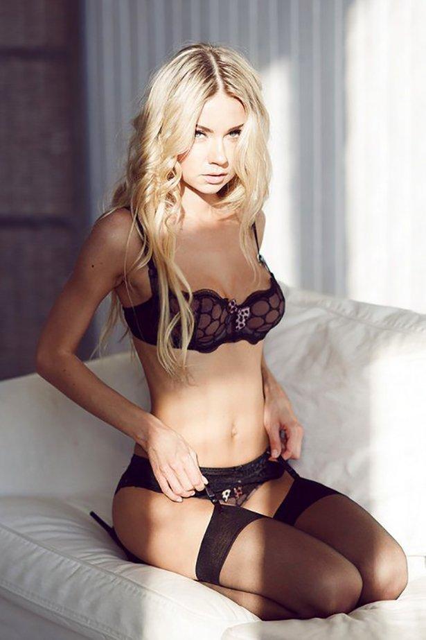 фото девушки сексуальные нижнем билье