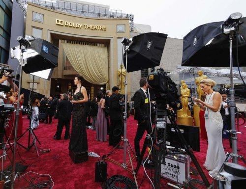 Знаменитости на красной дорожке 86-ой церемонии награждения Оскар (29 фото)