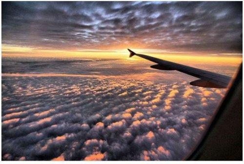Почему места у иллюминатора – лучшие в самолёте (26 фото)