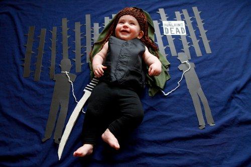 Малышка Оливия в роли любимых телеперсонажей своей мамы (6 фото)
