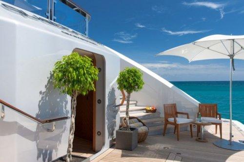 Яхта, недельная аренда которой стоит 1,3 млн долларов (30 фото)