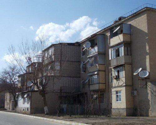 Балконные пристройки как решение квартирного вопроса (22 фото)