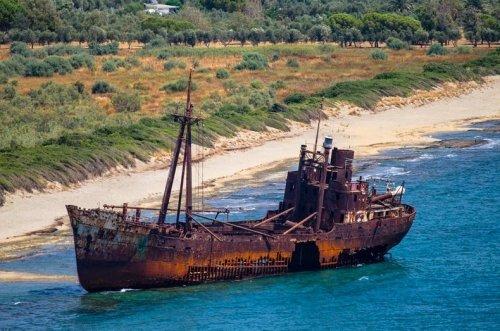 Обломки 12 знаменитых кораблекрушений, которые вы ещё можете посетить (32 фото)