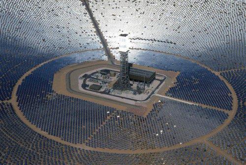 Крупнейшая в мире солнечная электростанция Айванпа (10 фото)