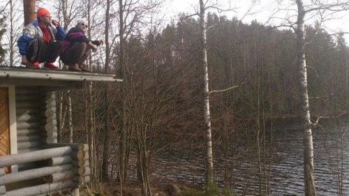 Славянские корточки покоряют финскую молодёжь (20 фото)