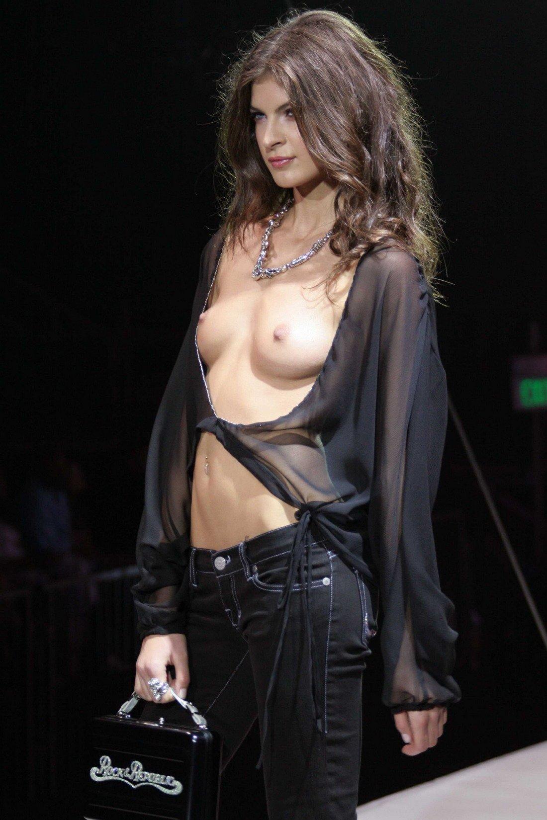 Eve Hewson: Hottest Photos On The Internet