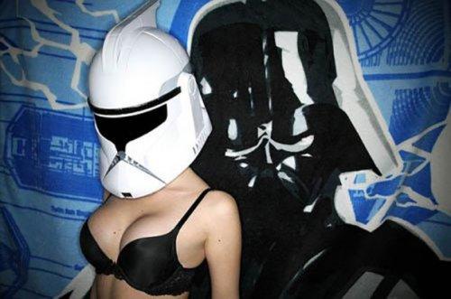 Сексуальные девушки в стиле Звёздных войн (34 фото)