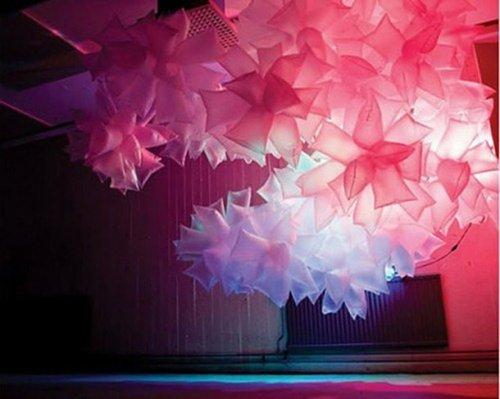 25 Уникальных художественных творений, созданных из полиэтиленовых пакетов