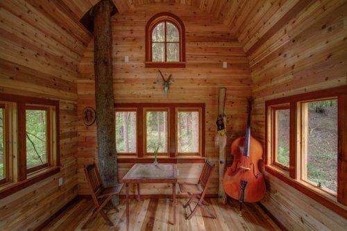 Дома на деревьях, построенные Питом Нельсоном (10 фото)