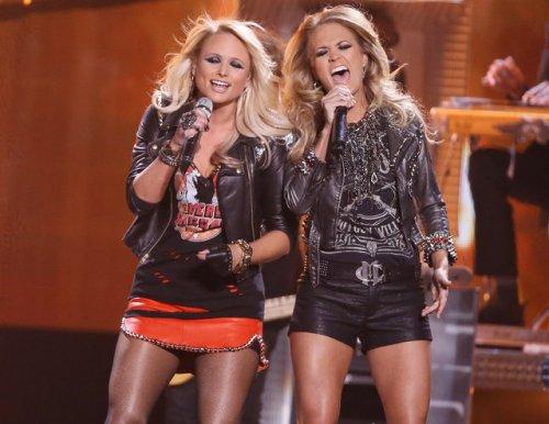 Музыкальная премия «Billboard Music Awards» 2014 года (31 фото)