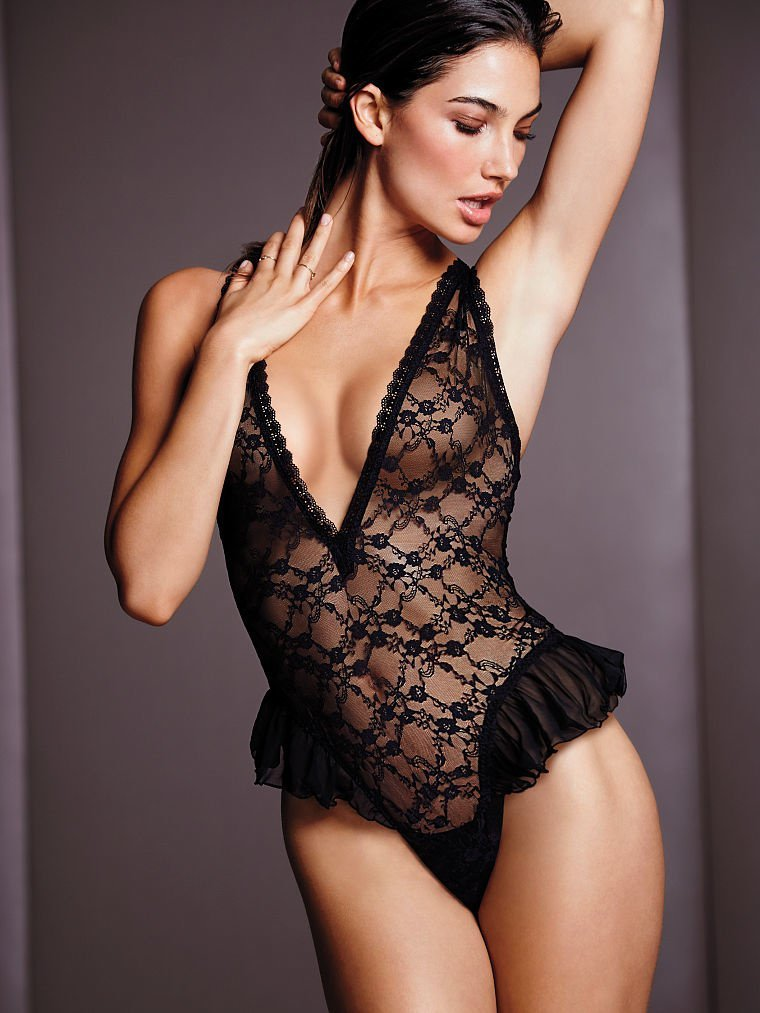 bbw-sexy-celebrity-lingerie-penetration-test