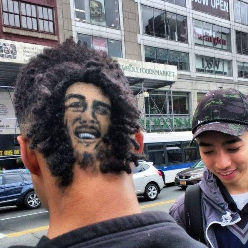 Странные, смешные и ужасные стрижки и причёски (32 фото)