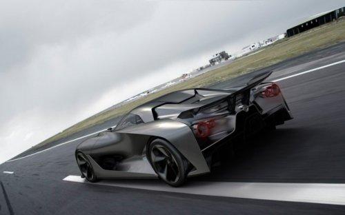 �������-��� � ����� 15-����� ��������� ���������� Gran Turismo (11 ����)