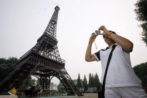 Эйфелевы башни со всего мира (17 фото)
