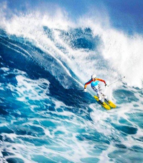 Вилли Богнер рассекает волны на лыжах