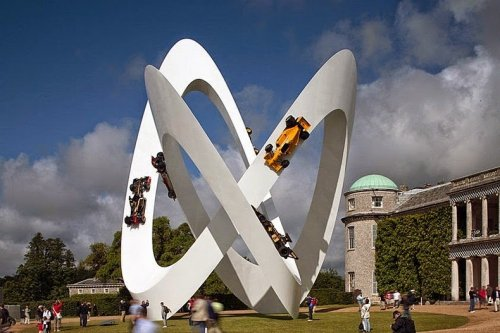 Удивительные автомобильные скульптуры Джерри Джуда (14 фото)