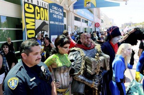 Гости и участники фестиваля Comic-Con International 2014 (27 фото)