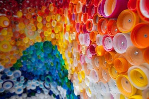 Креативные вещи из пластиковых бутылок (47 фото)
