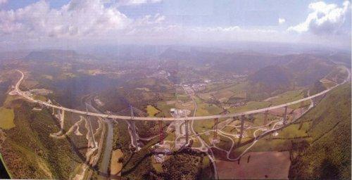Топ-10 Самых поразительных мостов в мире (19 фото)