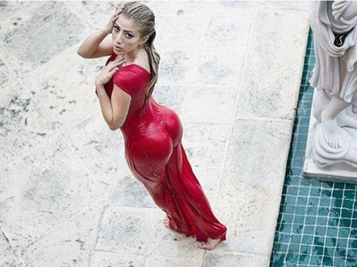 Сексуальная фотомодель Валерия Орсини (24 фото)
