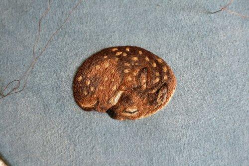 Крошечные животные, вышитые гладью Хлоей Джордано (10 фото)
