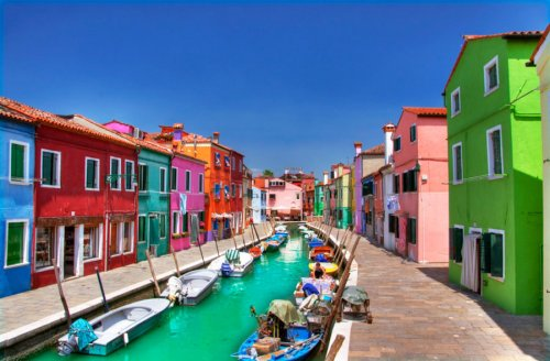 Бурано, самый красочный квартал Венеции (8 фото)