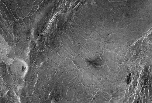 Top 10 asombrosos extremos de nuestro sistema solar