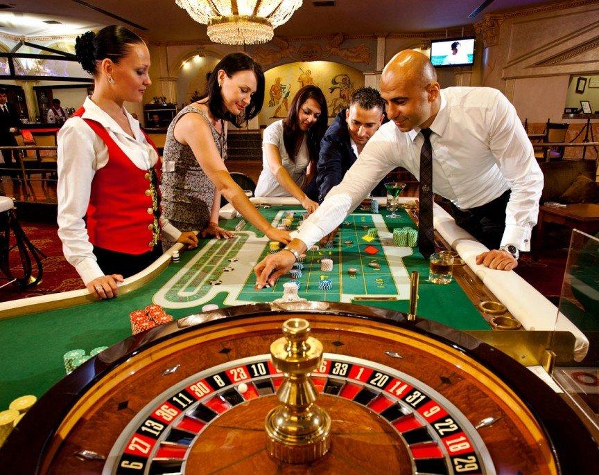 Работа крупье в казино - Рулетка