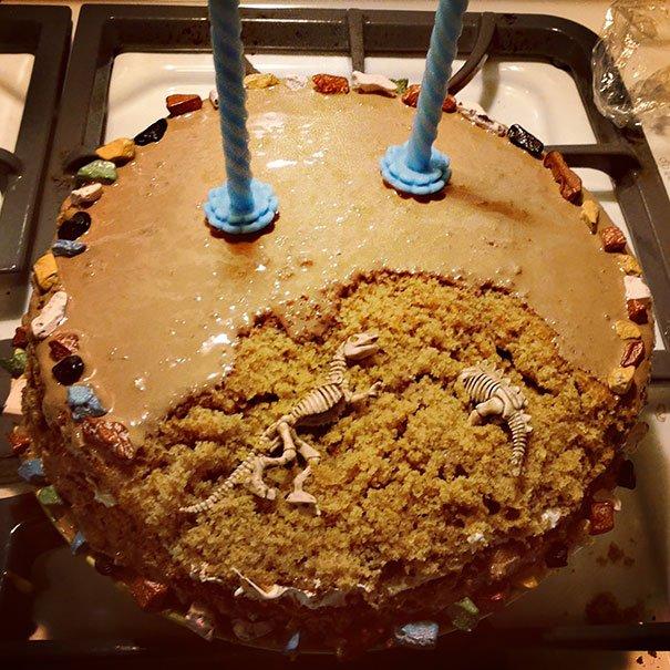 нфотографии необычных тортов