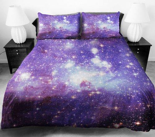 Космическое постельное бельё от дизайнера Джейла Бетрея (9 фото)