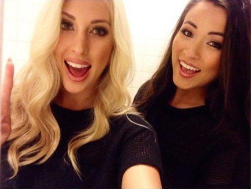 Симпатичные девушки из соцсетей (28 фото)