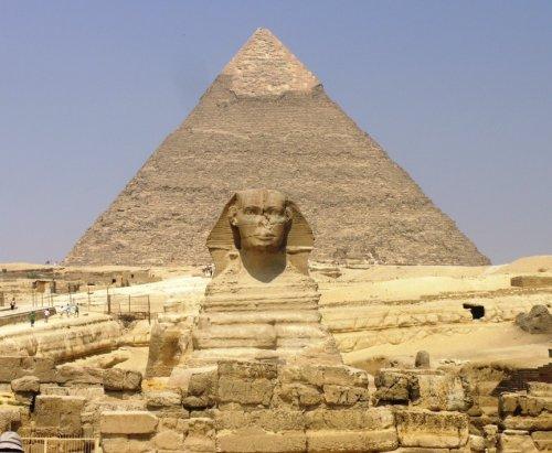 Инопланетяне в пирамидах
