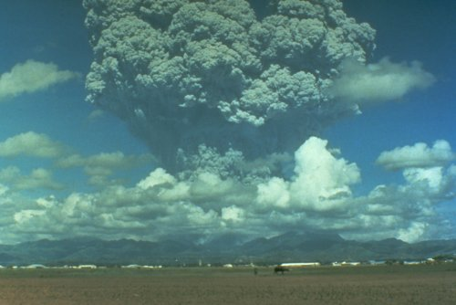 Топ-10 самых смертоносных извержений вулканов в мире