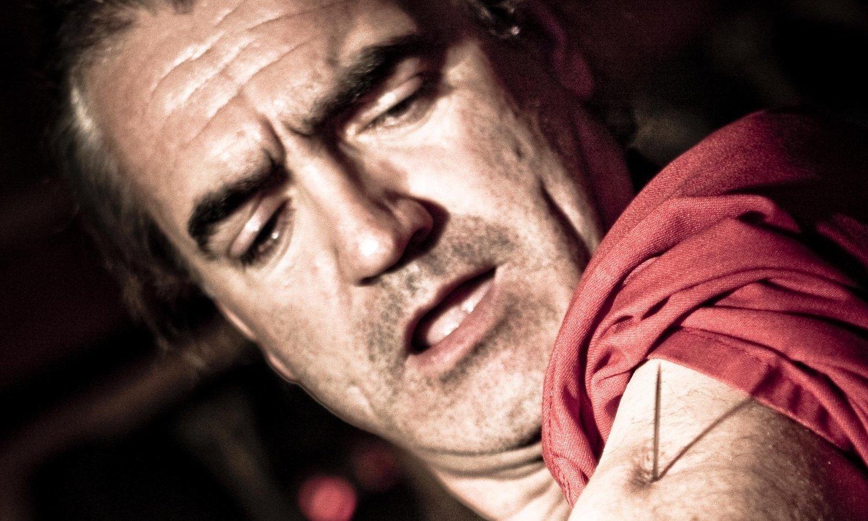 Пытки женщин с протыканием 5 фотография