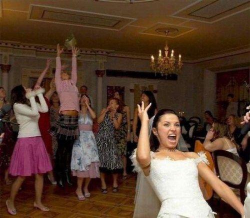 Смешные и забавные свадебные снимки (30 шт)