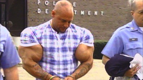 Топ-10: шокирующие примеры злоупотребления стероидами