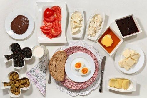 Что едят на завтрак дети со всего мира? (22 фото)