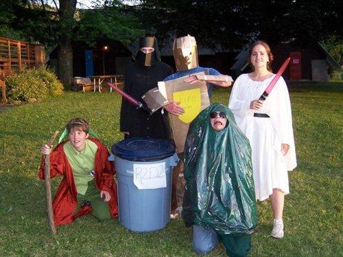 Самые нелепые и неудачные костюмы на Хэллоуин (21 фото)