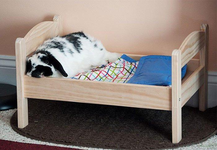 Кровать для кошки из дерева 167