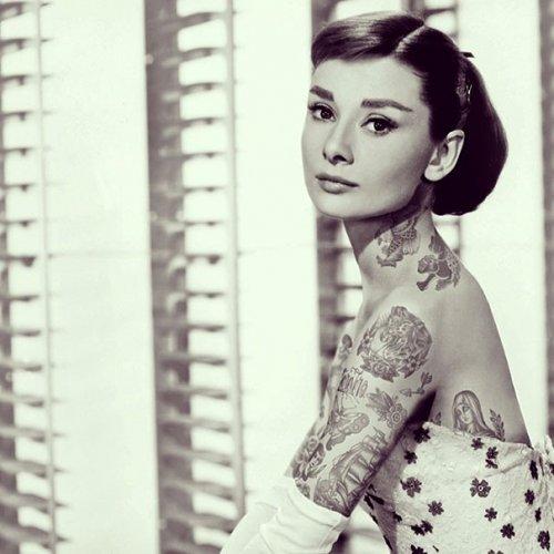 Знаменитости с татуировками в серии работ Чайена Рэндалла (22 фото)