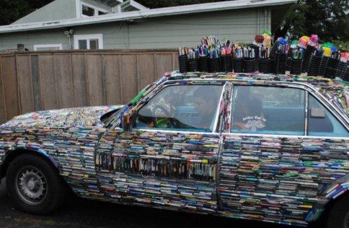 Топ-10: Автомобили, украшенные необычными предметами