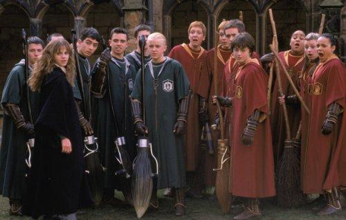 Топ-25 фактов про Гарри Поттера, которые сшибут вас с метлы