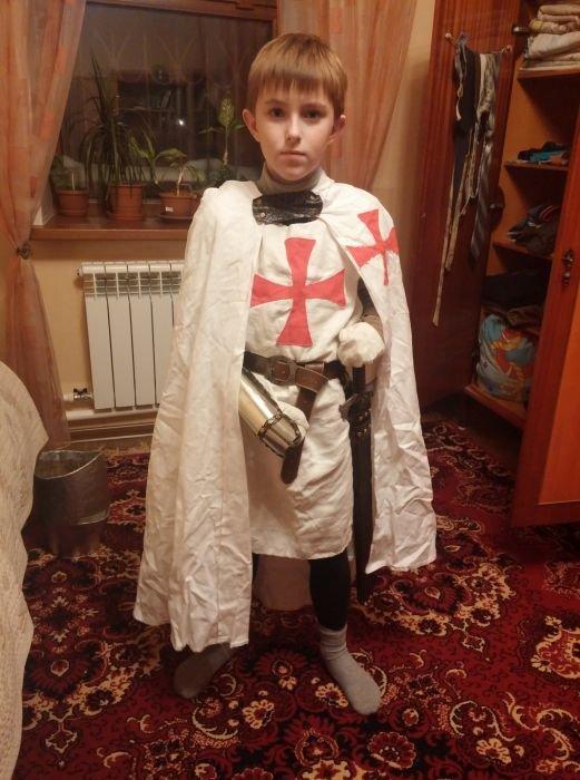 Костюм рыцаря мальчику своими руками