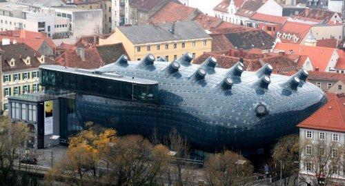Топ-12: Самые необычные здания со всего мира