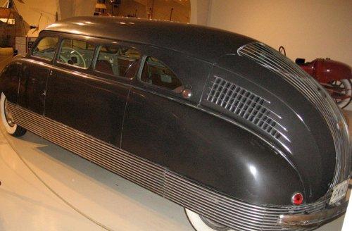 Топ-10:  Интересные автомобили со странными качествами