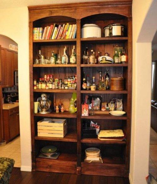 Шкаф с секретом, о котором мечтает каждый мужчина (8 фото)
